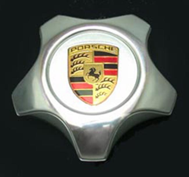 Porsche Cayenne Cap, Polished, with Inlaid Color Crest
