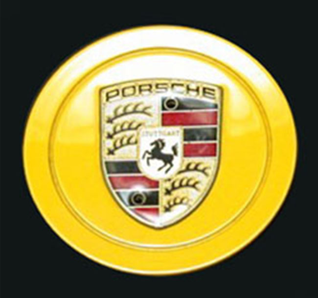 Porsche Custom-Painted Late Crest Cap